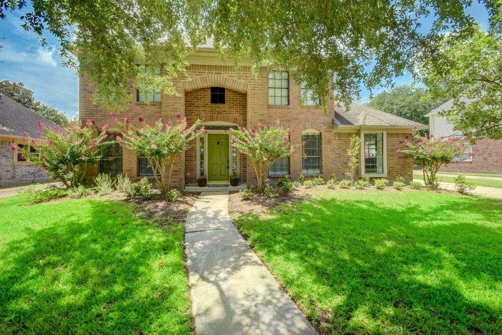 $250,000 - 4Br/4Ba -  for Sale in Winchester Country Trails 04, Houston