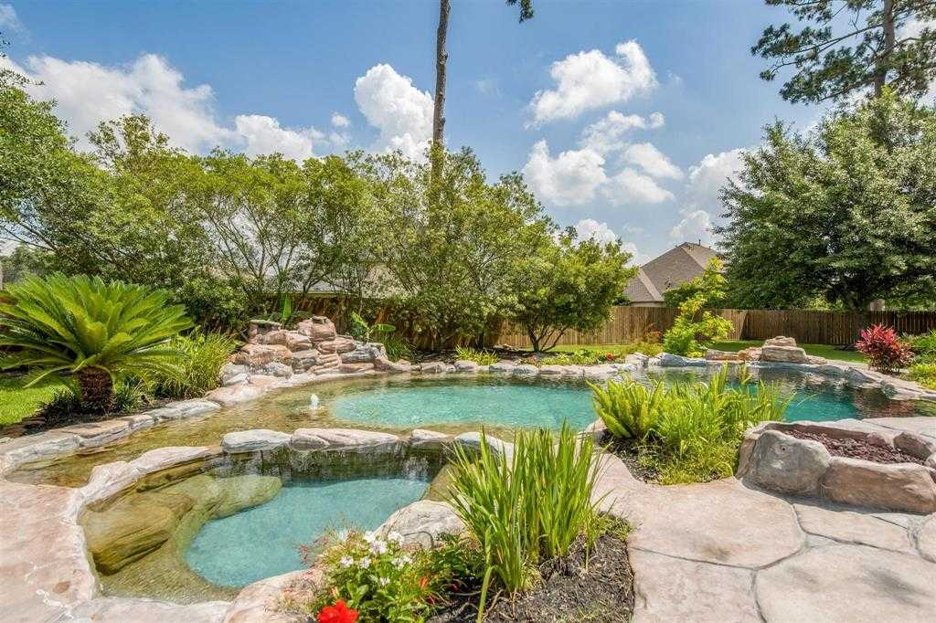 $725,000 - 4Br/6Ba -  for Sale in Rock Creek Sec 04, Cypress