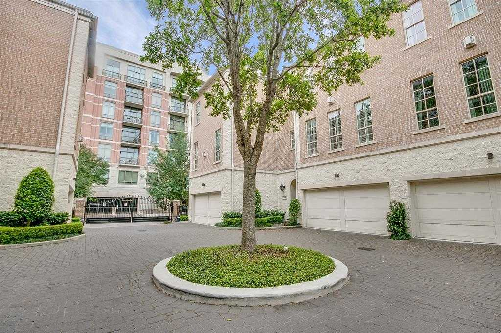 $709,500 - 3Br/4Ba -  for Sale in Courts On Briarglen, Houston