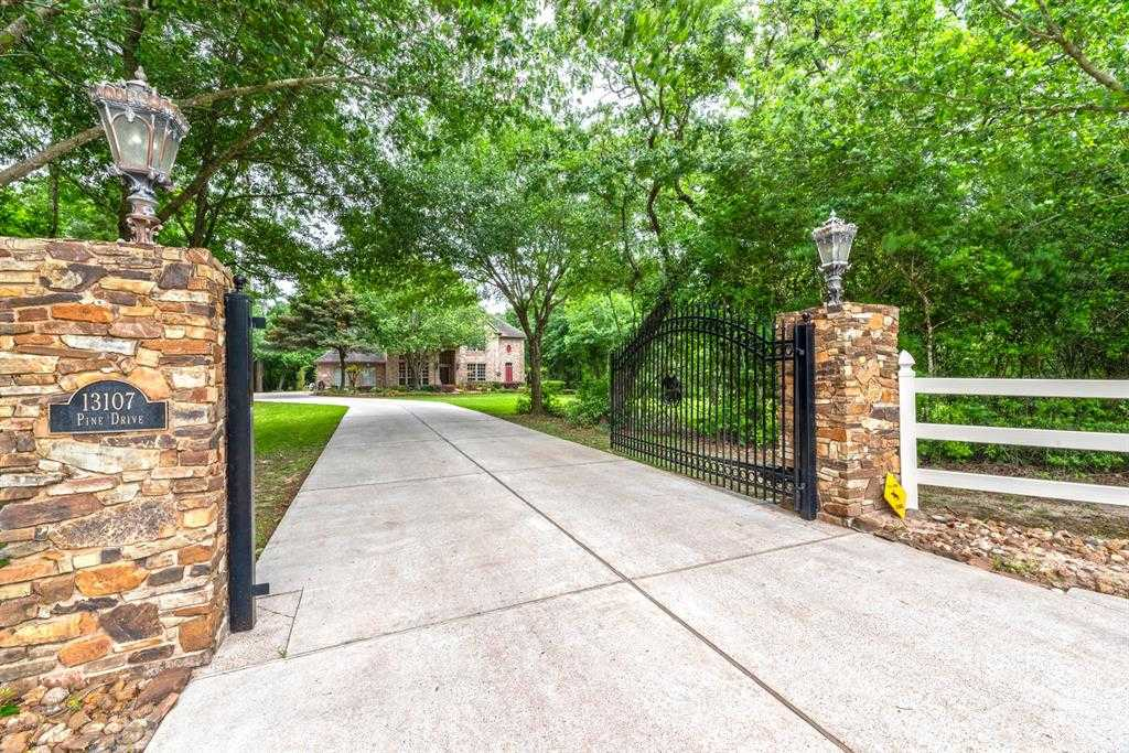 $1,390,000 - 5Br/4Ba -  for Sale in Tr 19r Abst 10 J H Callahan, Cypress