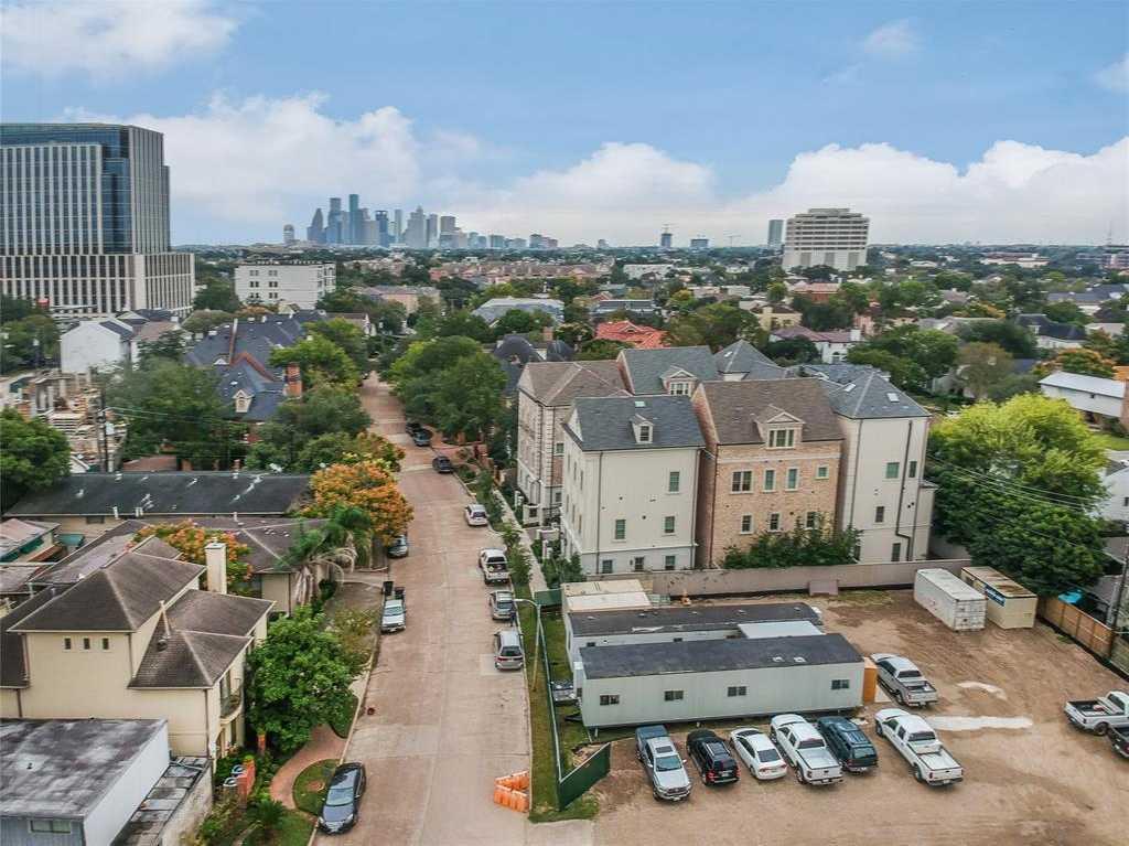 $2,600,000 - Br/Ba -  for Sale in Park Place Riv Oaks Reserve A, Houston