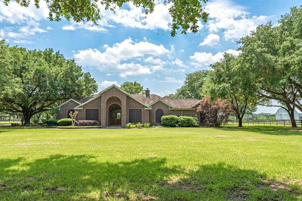 $1,500,000 - 3Br/3Ba -  for Sale in C W Juergen, Tomball
