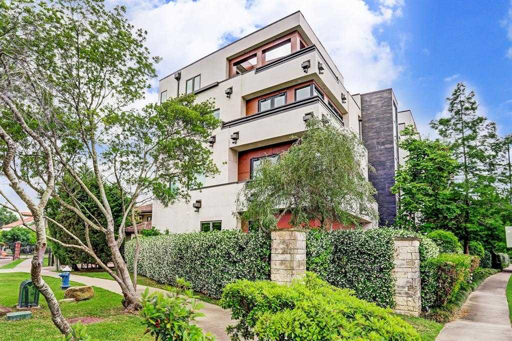 $1,100,000 - 4Br/4Ba -  for Sale in Hidalgo Place, Houston