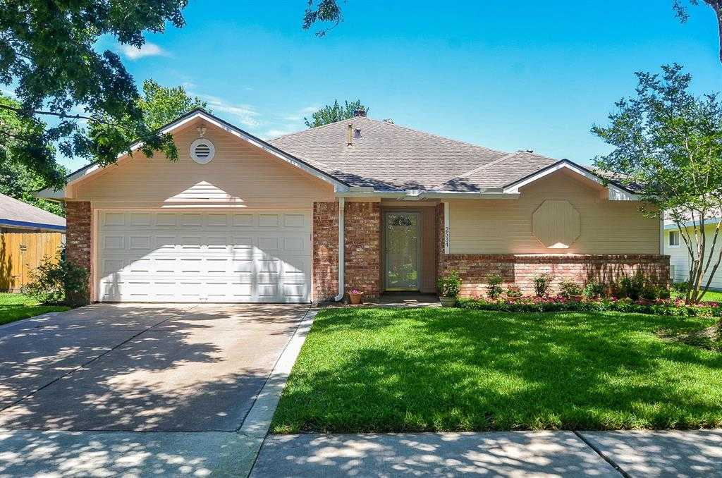$180,900 - 3Br/2Ba -  for Sale in Williamsburg Colony, Katy