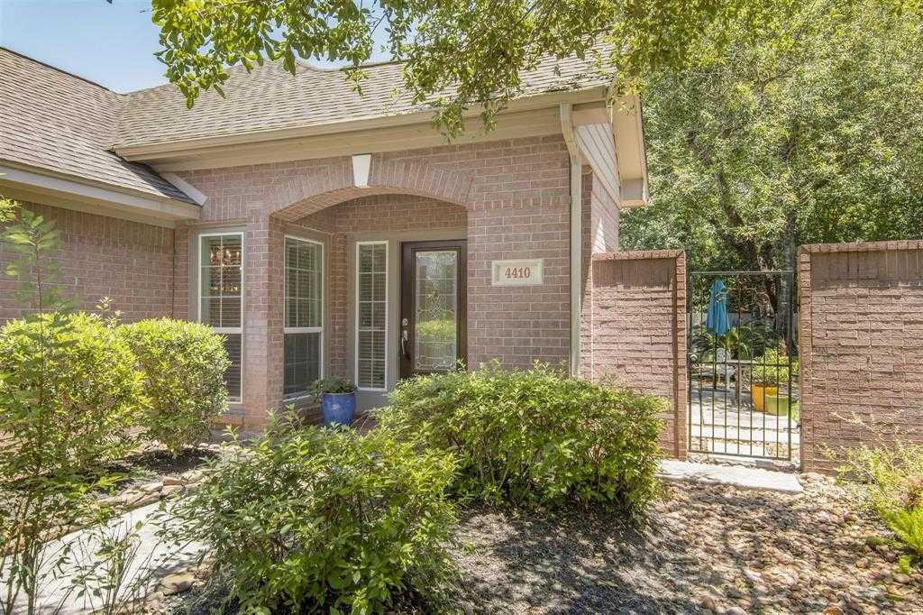 $227,000 - 2Br/2Ba -  for Sale in Kings Crossing, Houston