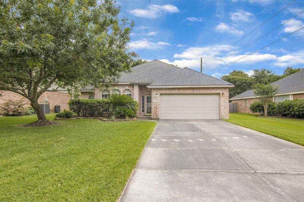 $219,900 - 3Br/2Ba -  for Sale in Kings River, Kingwood