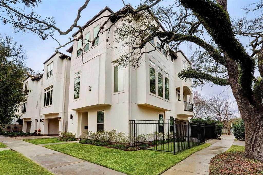 $720,000 - 3Br/4Ba -  for Sale in Rossmoyne, Houston