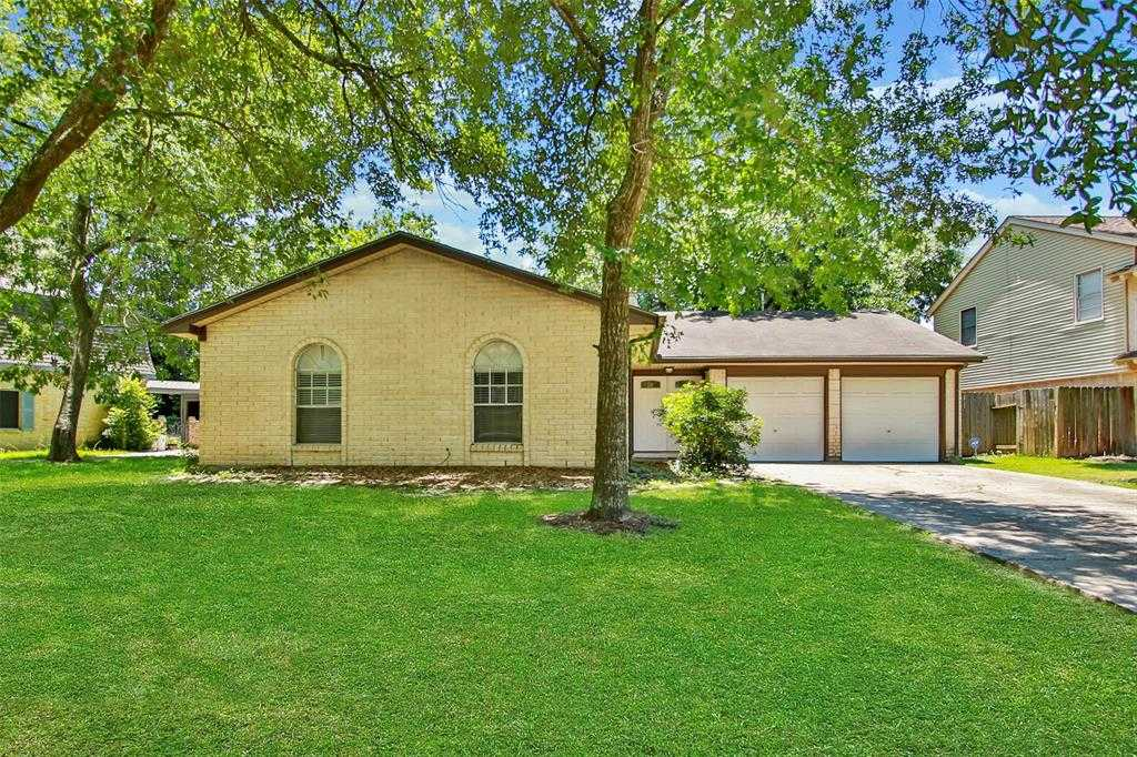 $175,000 - 4Br/2Ba -  for Sale in Enchanted Valley Sec 01, Cypress