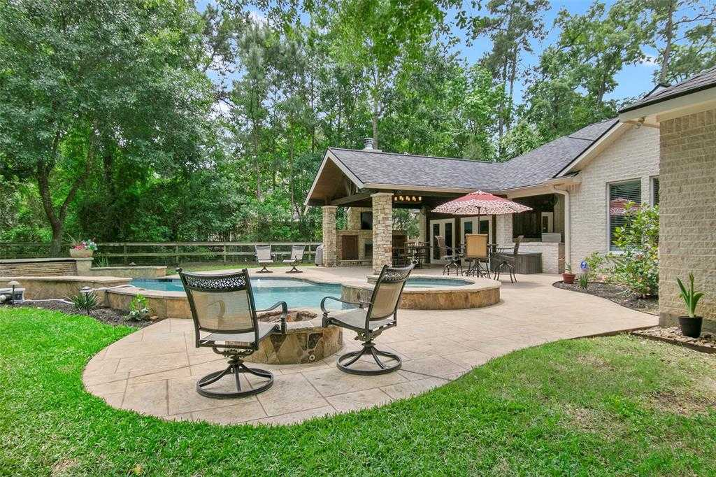 $630,000 - 3Br/3Ba -  for Sale in Timberlake Village, Tomball