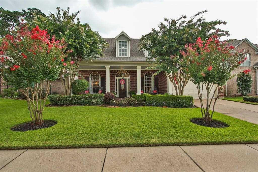 $329,900 - 4Br/4Ba -  for Sale in Lakewood Crossing Sec 01, Houston