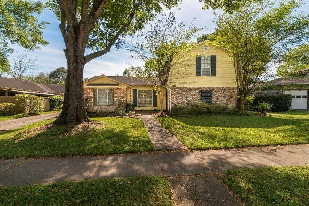 $250,000 - 4Br/3Ba -  for Sale in Brook Forest Sec 01 Corr Pla, Houston
