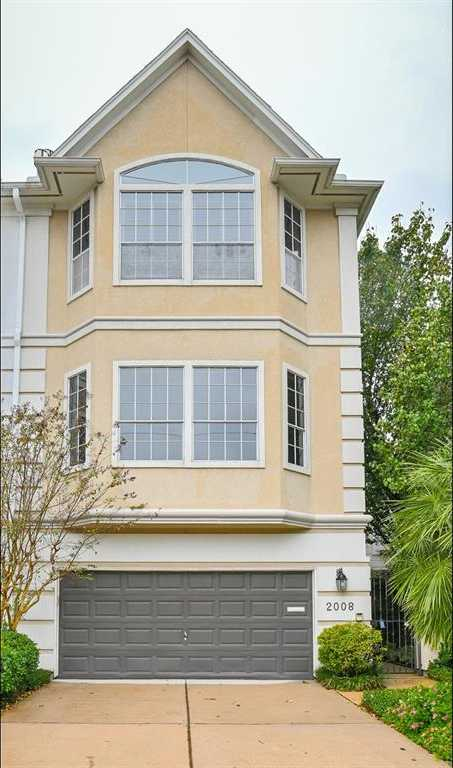 $724,000 - 3Br/4Ba -  for Sale in Hyde Park Main Sec 02, Houston
