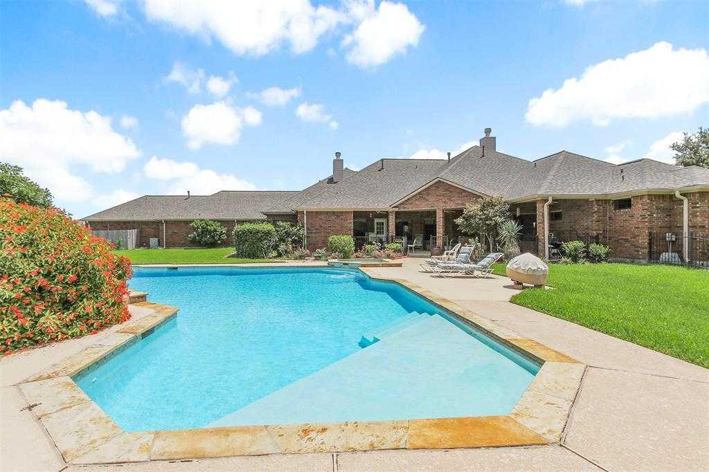$649,500 - 5Br/4Ba -  for Sale in Grand Lake Estates, Montgomery