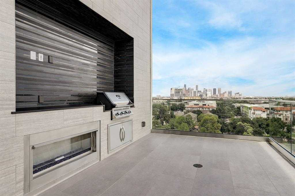 $3,255,000 - 3Br/4Ba -  for Sale in Museum District, Houston