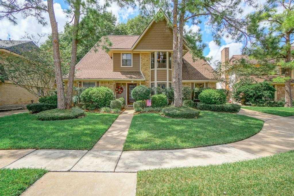 $250,000 - 4Br/3Ba -  for Sale in Providence Sec 2, Houston