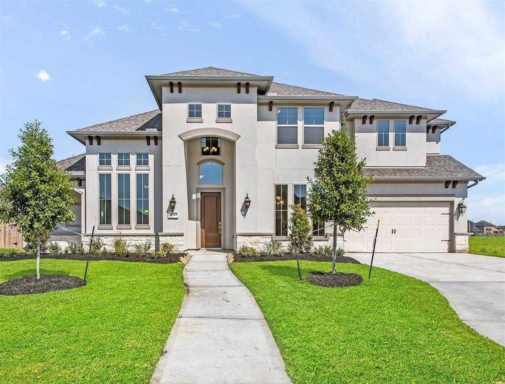 $570,000 - 4Br/3Ba -  for Sale in Hidden Lakes, League City