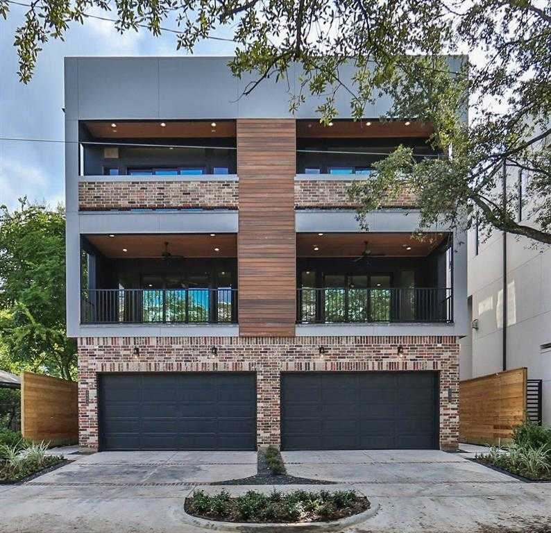$1,099,000 - 3Br/4Ba -  for Sale in Renesu Court, Houston