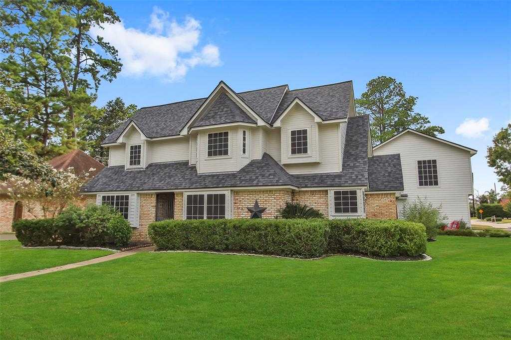 $319,900 - 4Br/4Ba -  for Sale in Canterbury Forest, Tomball