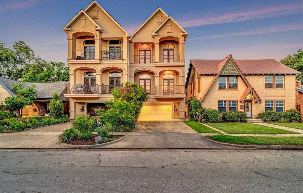 $749,000 - 3Br/3Ba -  for Sale in Campise, Houston