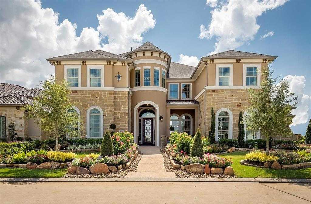 $1,300,000 - 5Br/6Ba -  for Sale in Towne Lake, Cypress