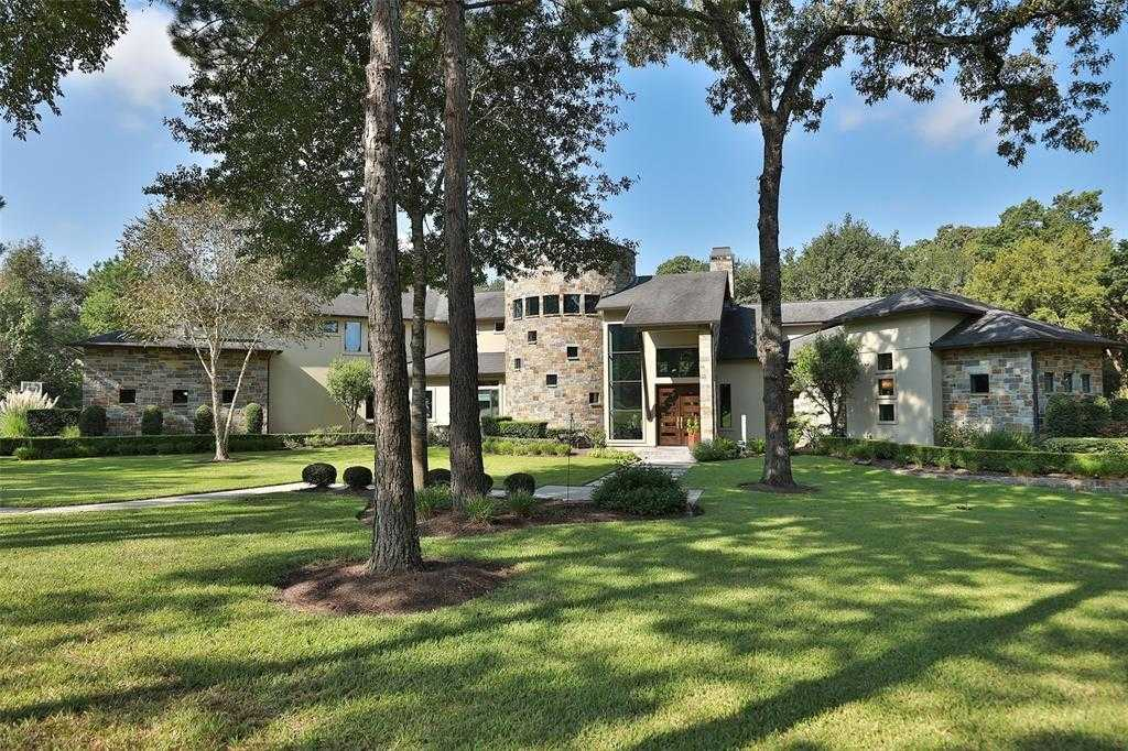 $1,395,000 - 3Br/5Ba -  for Sale in Huntington Woods, Tomball