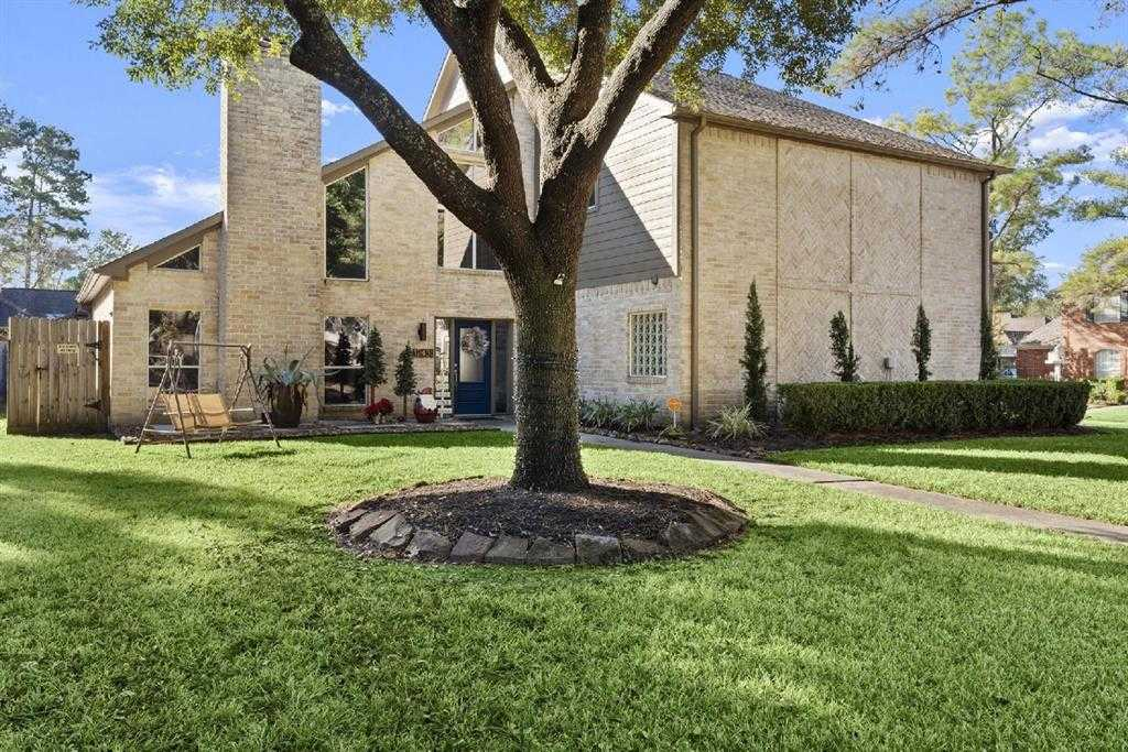 $397,500 - 4Br/4Ba -  for Sale in Lakewood Forest, Tomball