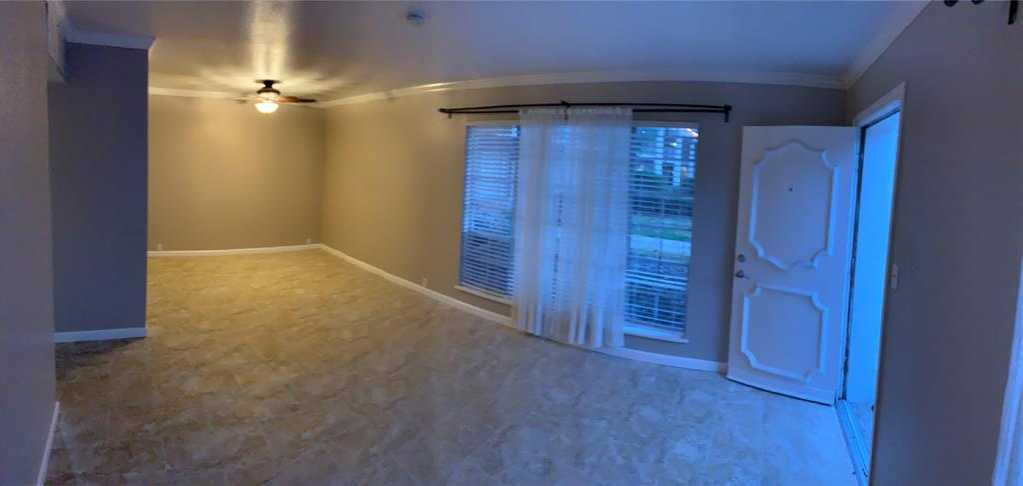 - 1Br/1Ba -  for Sale in Courtyards/three Fountains, Houston