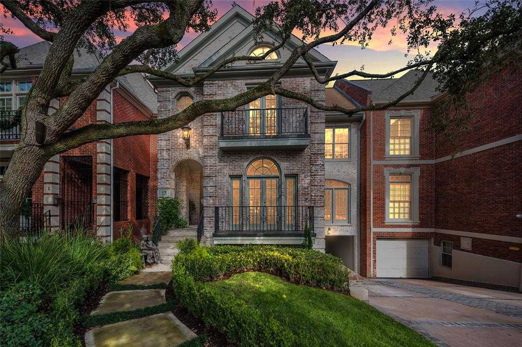 $1,358,800 - 3Br/4Ba -  for Sale in Pine Briar, Houston