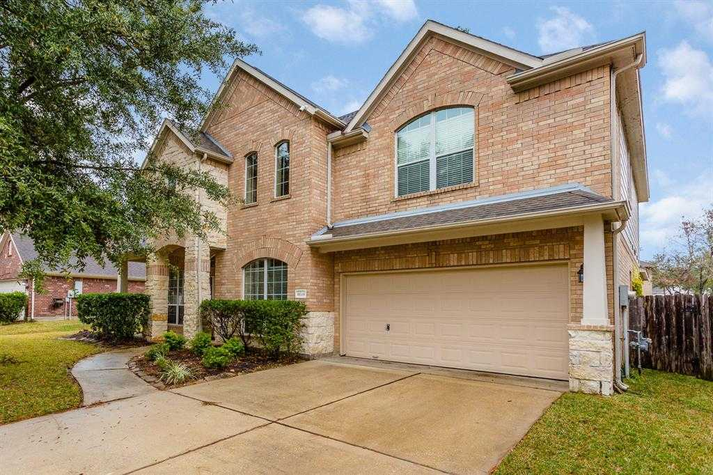 $299,000 - 5Br/4Ba -  for Sale in Walden/lake Houston Champions, Humble