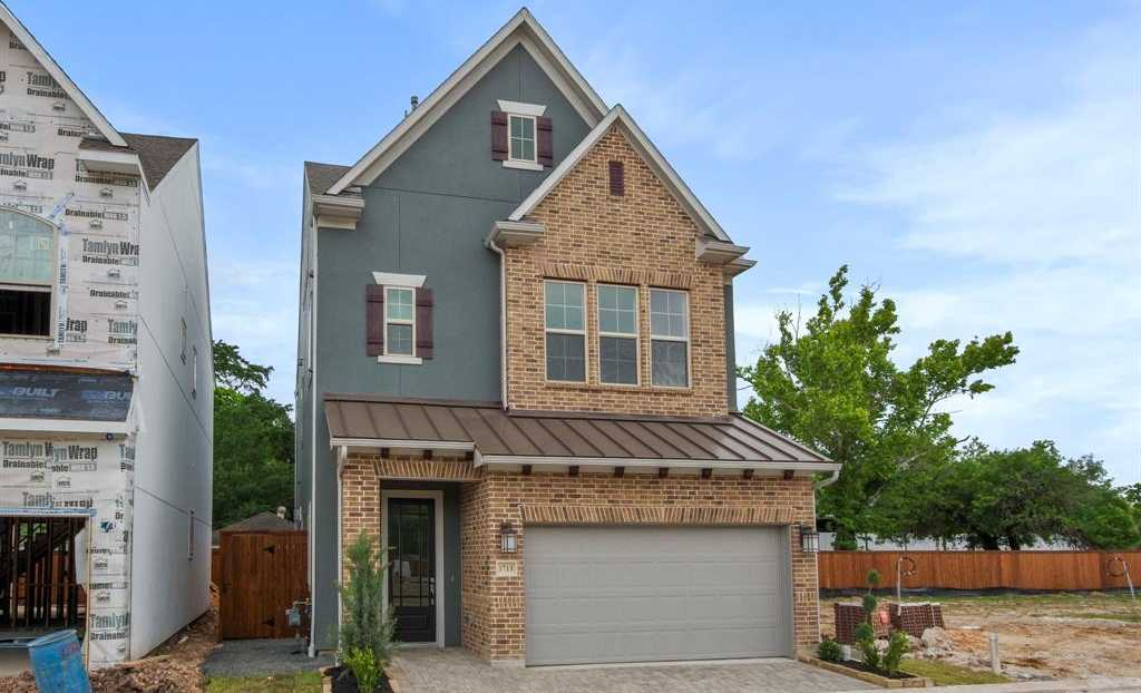 $560,000 - 4Br/4Ba -  for Sale in Retreat At Westview Terrace, Houston