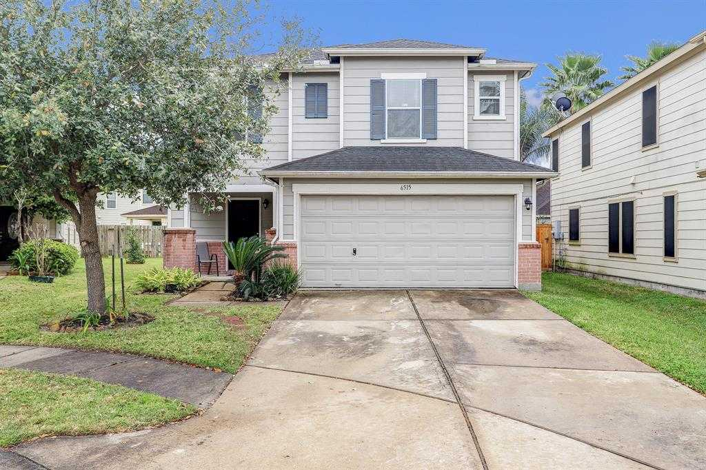 $179,000 - 4Br/3Ba -  for Sale in Liberty Lakes Sec 06, Houston
