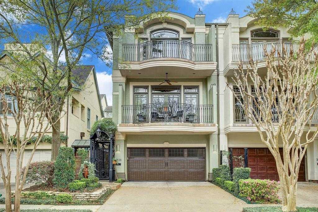 $1,135,000 - 3Br/4Ba -  for Sale in Glendower Court, Houston