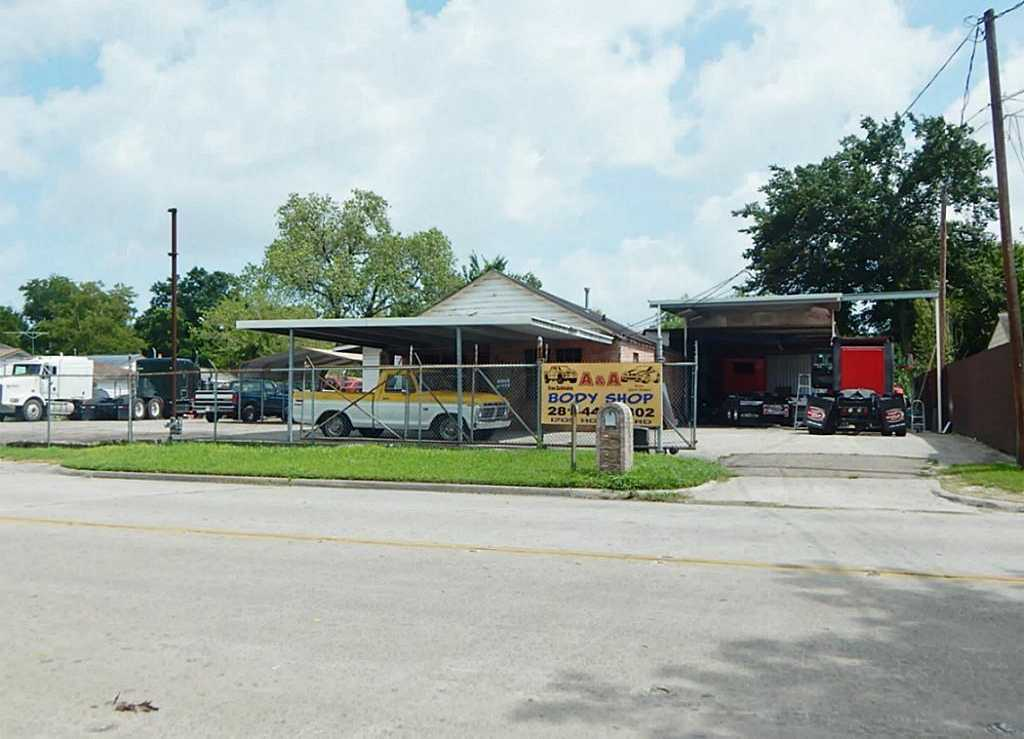 $289,900 - 2Br/1Ba -  for Sale in Westfield Estates, Houston