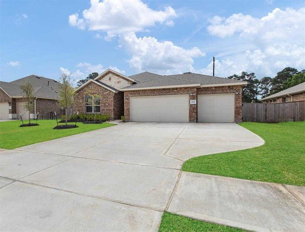 $319,000 - 4Br/3Ba -  for Sale in Raleigh Crk Sec 3, Tomball