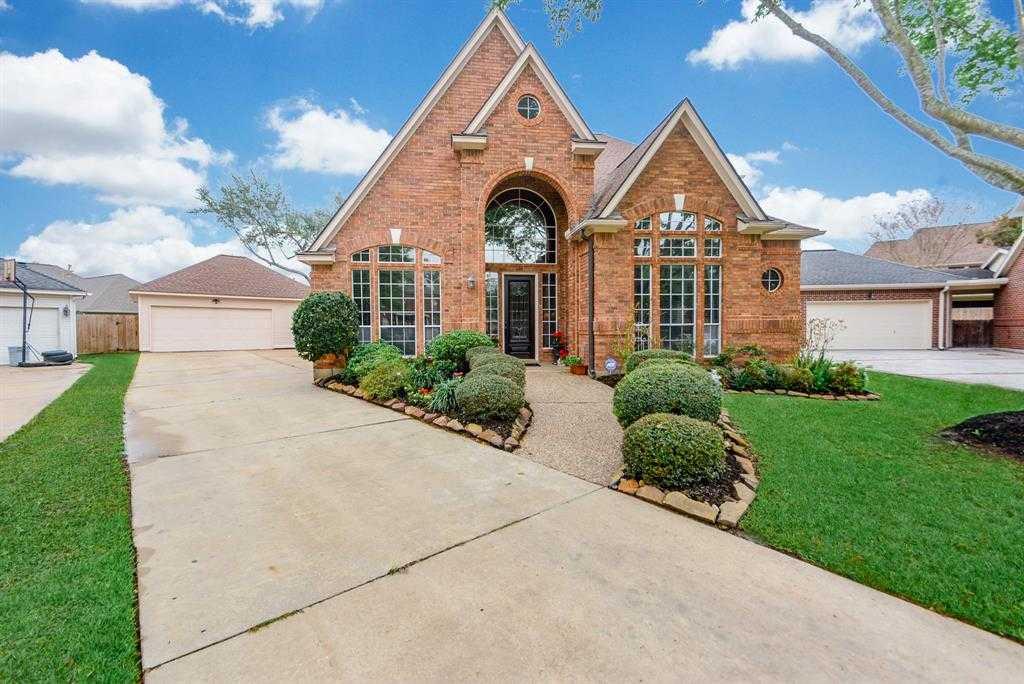 $340,000 - 4Br/4Ba -  for Sale in Spring Creek Oaks Sec 08, Spring