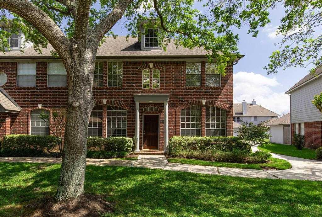 $225,000 - 3Br/3Ba -  for Sale in Camino Park, Webster