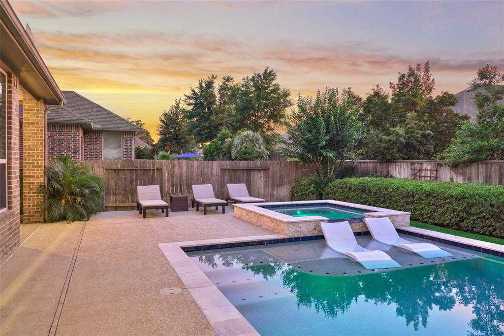 $499,000 - 5Br/4Ba -  for Sale in Woodforest 28, Montgomery