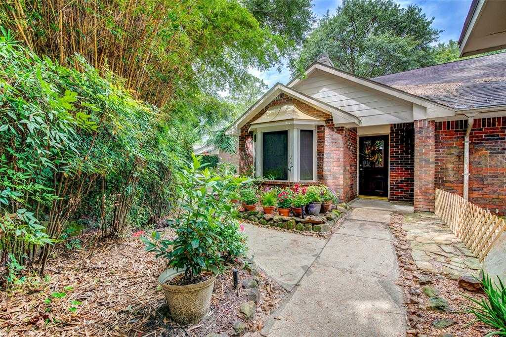 $235,000 - 3Br/2Ba -  for Sale in Kings Crossing Sec 07, Houston