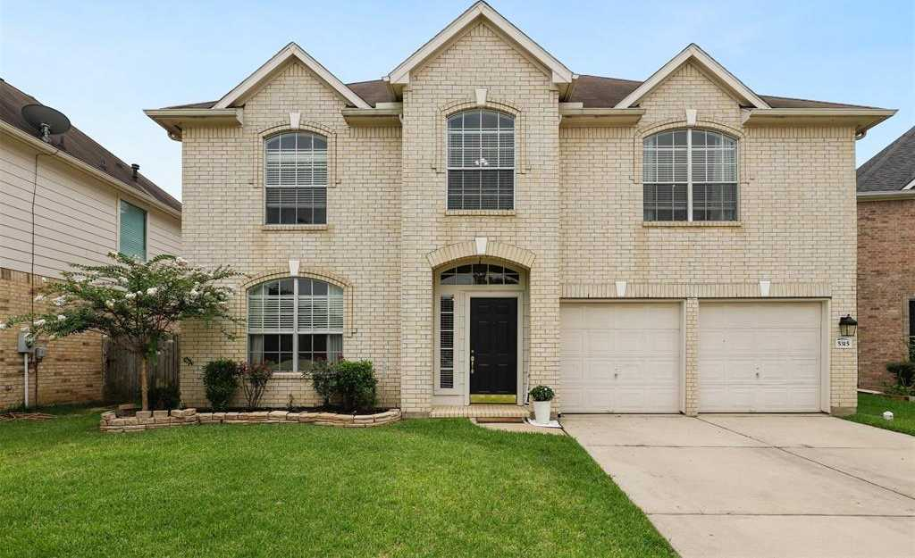 $217,500 - 4Br/3Ba -  for Sale in Champions Point Village, Houston