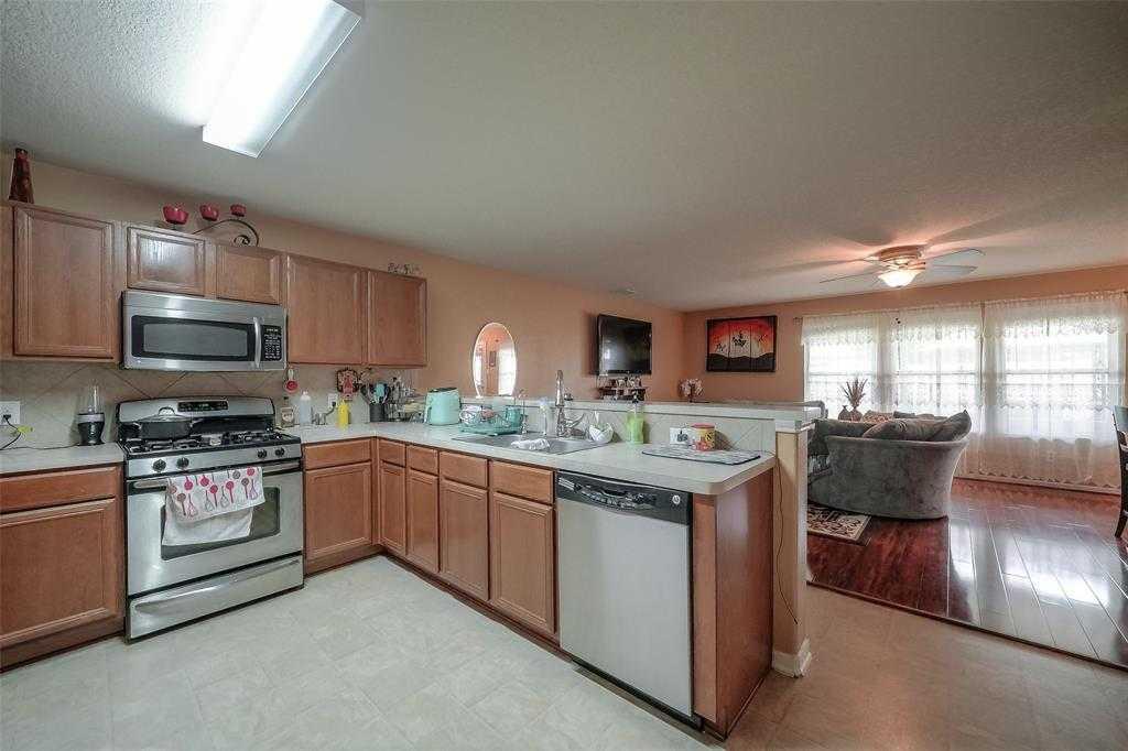 $219,500 - 4Br/3Ba -  for Sale in Eagle Lndg, Houston