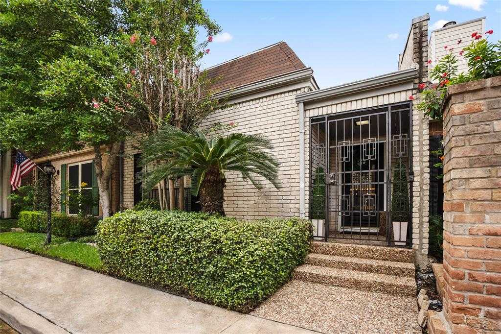 $289,000 - 2Br/3Ba -  for Sale in Woodlake T/h, Houston