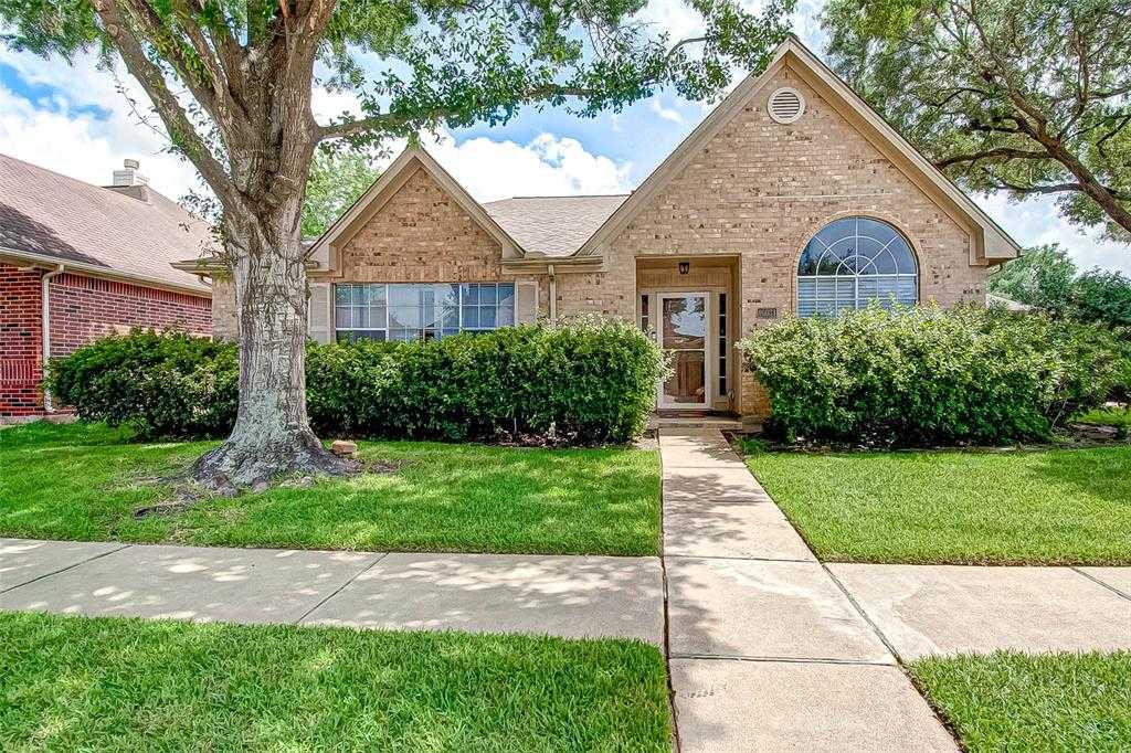 $219,000 - 3Br/3Ba -  for Sale in Feste Pk/bear Creek Village, Houston