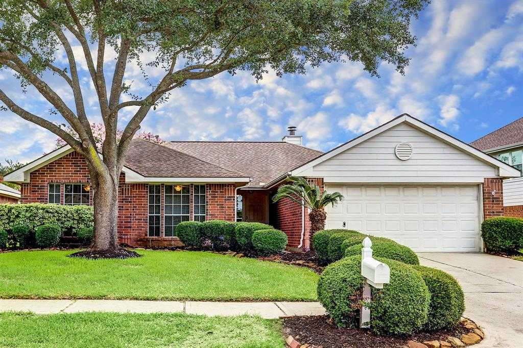 $205,000 - 3Br/2Ba -  for Sale in Pinecrest Forest Sec 01, Tomball