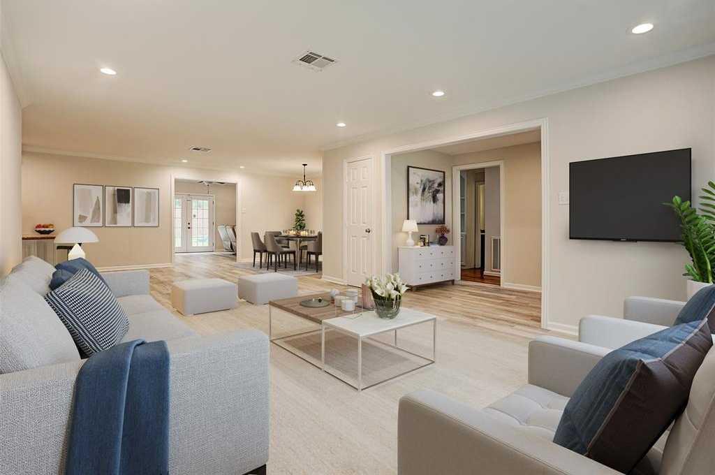 $330,000 - 3Br/2Ba -  for Sale in Westbury Sec 03, Houston