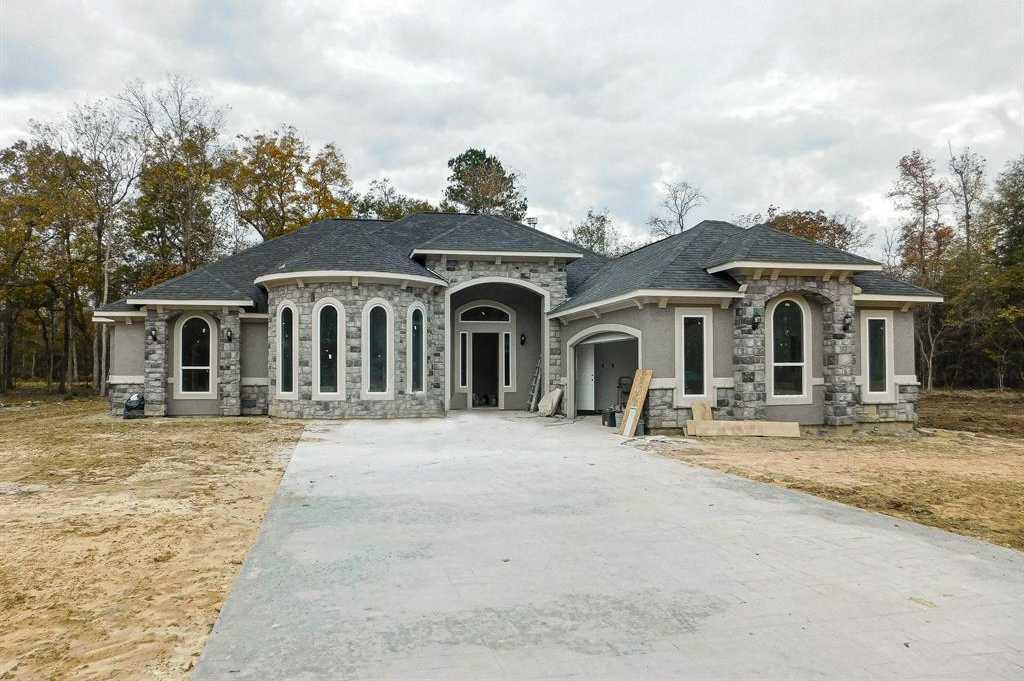 $349,655 - 4Br/4Ba -  for Sale in Encino Estates, Dayton