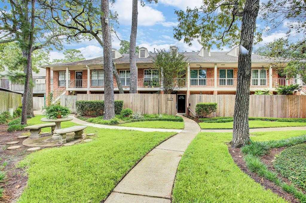 $132,000 - 1Br/1Ba -  for Sale in Georgetown Twnhm, Houston