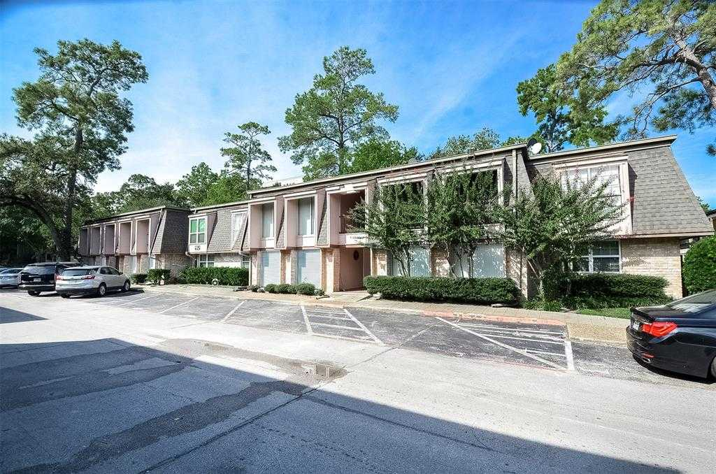 $195,000 - 3Br/2Ba -  for Sale in Pines Condo, Houston