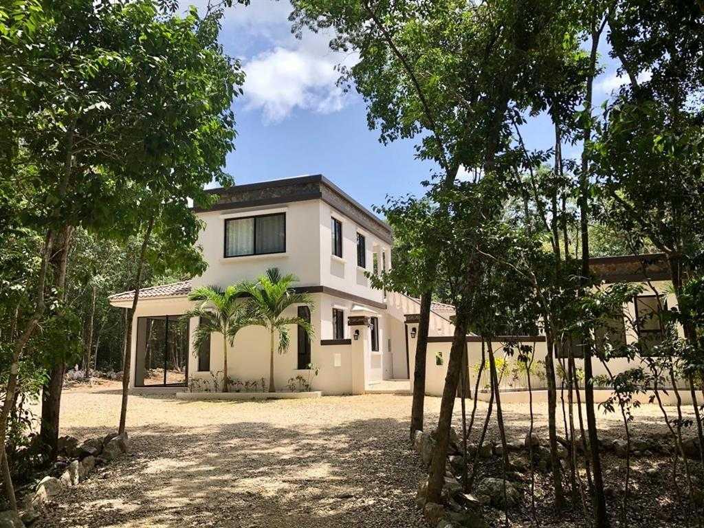 $275,000 - 2Br/3Ba -  for Sale in Los Arboles Tulum, Tulum Quintana Roo