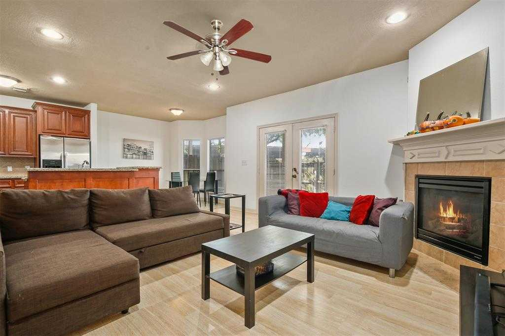 $280,000 - 3Br/3Ba -  for Sale in Prince Luxury Twnhms, Houston