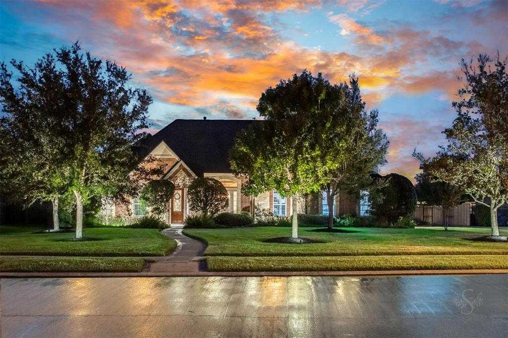 $438,000 - 4Br/3Ba -  for Sale in Firethorne Sec 6, Katy